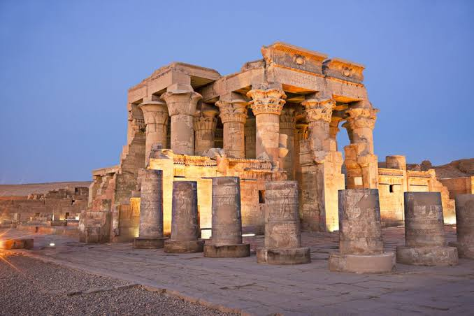 Day 4: Kom Ombo and Edfu Temples: